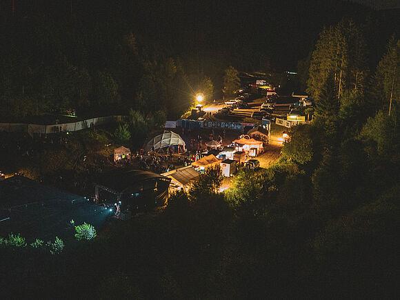 Einmal zum Mond und zurück – Das erste Reservoir Festival an der Linachtalsperre (I2)