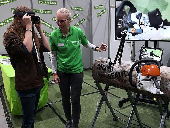 Stihl-Versuch zur Augmented Reality bei den Science Days im Europapark Rust (I15426)
