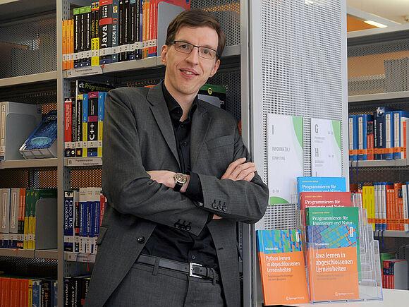 Prof. Dörn veröffentlicht Programmier-Bücher