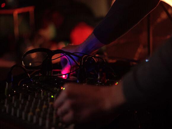 Elektromechanisches Gong Ensemble (I11662)