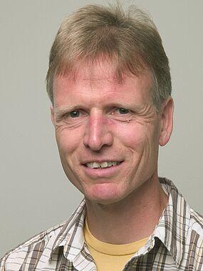 Bernhard Hollunder