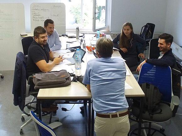 Business Game des Studiengangs SEM erstmals im neuen Marketing-Labor (I17214)