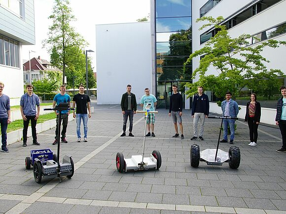 Segways im Eigenbau - Praktische Projekte in der Fakultät Mechanical and Medical Engineering (I17136)