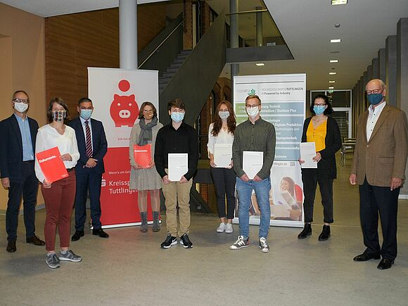 Dr. Winkler Stiftung und Kreissparkasse Tuttlingen loben Prämien aus
