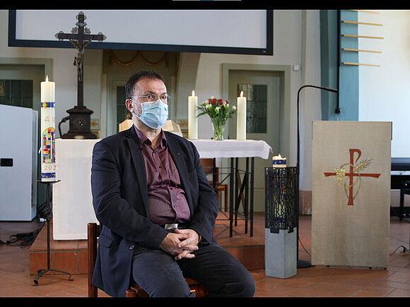 Corona demaskiert Interview mit einem Pfarrer