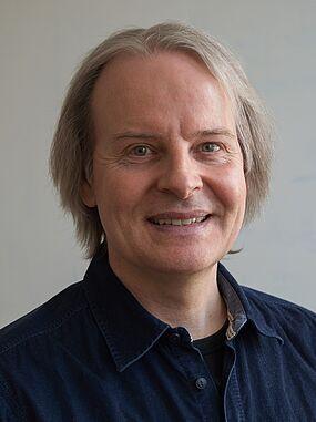 Simon Hellstern