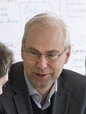 Elmar Cochlovius