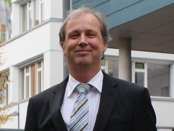 Interview mit Prof. Uwe Hack - Rückblick SoSe 2020 und Aussicht WiSe 2020 (I17066)