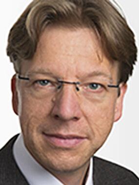 Portrait Prof. Frank Allmendinger