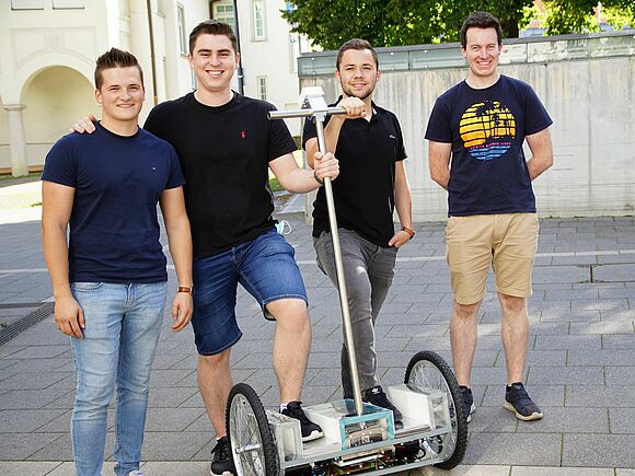 Segways im Eigenbau - Praktische Projekte in der Fakultät Mechanical and Medical Engineering (I17135)