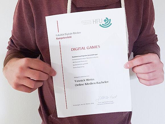 """Erste Absolventen mit Zertifikat """"Digital Games"""""""