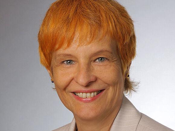 Angela Dieterich: neue Professorin (I7256)